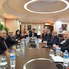 Bakanımız Murat Kurum TOKİ'yi ziyaret etti