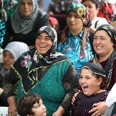 Afyon'da kura mutluluğu