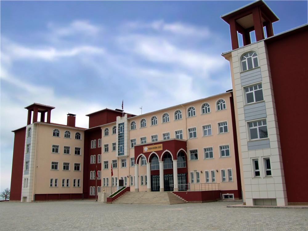 Rize Pazar Atatürk Lisesi